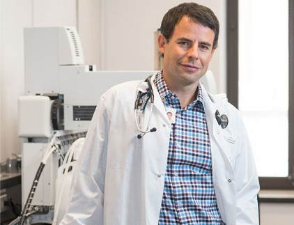 Dr. Brent Richards